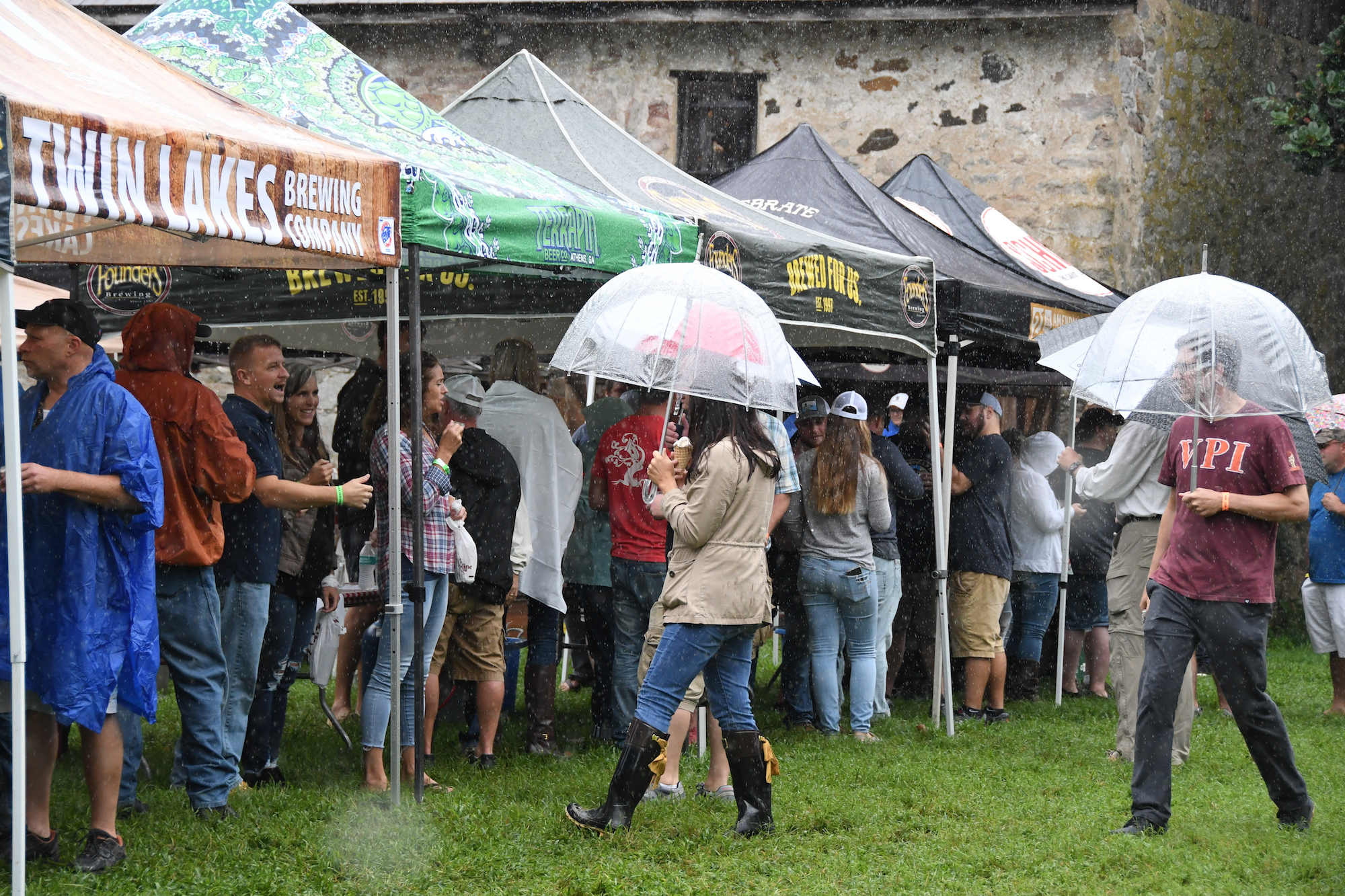 Dedicated Fans Undeterred by Rain at 5th annual Historic Odessa Brewfest